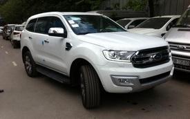 Ford Everest 2016 có mặt tại đại lý ở Hà Nội, gây sốc với giá 1,6 tỷ Đồng