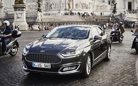 """Ford Mondeo phiên bản """"sang chảnh"""" lần đầu chạy trên phố"""