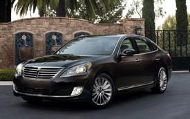 Hyundai Equus 2016: Mở cốp sau không cần dùng tay hay chìa khóa