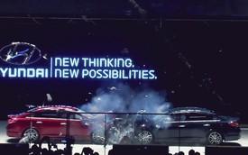 """Hai xe Hyundai Sonata đâm nhau để chứng minh """"trăm cái như một"""""""