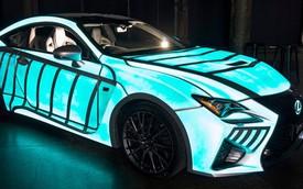Lexus RC-F Coupe thể hiện nhịp tim người lái qua sơn ngoại thất