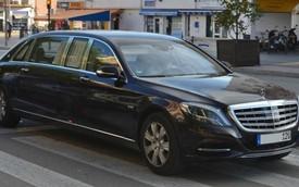 Bắt gặp xe limousine Mercedes-Maybach S600 Pullman ngoài đời thực