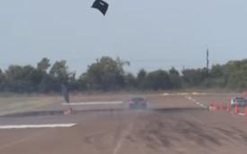 Siêu xe Nissan GT-R 1.600 mã lực bay nắp capô ở 290 km/h