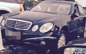 Nóng trong ngày: Nữ tài xế lái xe Mercedes-Benz đâm đổ dải phân cách