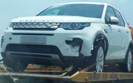 Xe tiền tỷ mới về Việt Nam Land Rover Discovery Sport gặp nạn