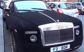 Rolls-Royce Phantom bọc nhung: Ai cũng muốn chạm tay vào