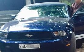 Cư dân mạng xôn xao với hình ảnh sư thầy bên Ford Mustang