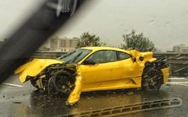 """""""Cây"""" hài Malaysia phá nát siêu xe Ferrari F430"""