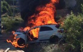 Mercedes-Benz A45 AMG Edition 1 bốc cháy sau tai nạn tốc độ cao