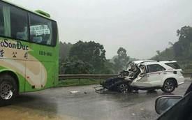 Lạng Sơn: Toyota Fortuner đối đầu xe khách, 3 công an tử vong