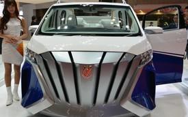 """Xe MPV hạng sang Toyota Alphard """"biến hình"""" thành du thuyền 4 bánh"""