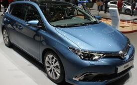 Toyota Auris 2015: Tiết kiệm nhiên liệu ấn tượng