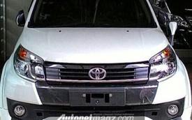 """Rò rỉ """"giá bèo"""" của xe SUV cỡ nhỏ Toyota Rush 2015"""