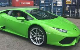 Hôn phu Midu mua Lamborghini Huracan xanh cốm tặng em trai