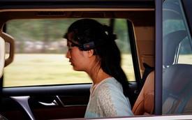 Trung Quốc giới thiệu xe điều khiển bằng trí não con người
