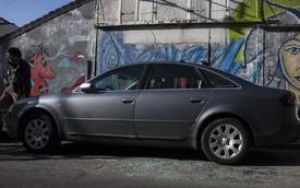 Tìm thấy 2 chiếc xe được cho là chở khủng bố trong vụ tấn công Paris