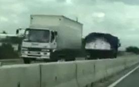 """Ninh Thuận: Xe tải """"thách thức tử thần"""", chạy ngược chiều ở 80 km/h"""