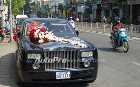 Bắt gặp Rolls Royce Phantom biển Campuchia rước dâu tại Sài Gòn