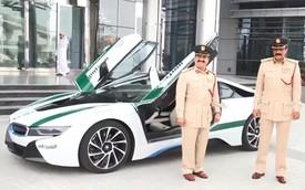 """Cảnh sát Dubai """"tậu"""" xe thể thao hạng sang BMW i8"""