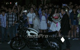 Hàng chục mô tô PKL tham gia màn cầu hôn ở phố đi bộ Sài Gòn