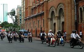 Sài Gòn: 400 mô tô và xe máy diễu hành trong ngày hội quý ông sành điệu
