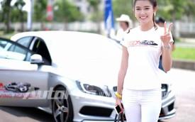 Cùng á hậu Huyền My luyện tay lái Mercedes-Benz