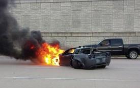 Đua trên phố, quỷ dữ Corvette C6 độ 800 mã lực bùng cháy dữ dội