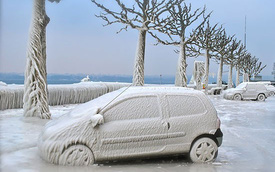 Giải nhiệt với chùm ảnh tuyệt đẹp về xe hơi đóng băng