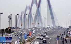 Cấm tất cả các loại phương tiện qua cầu Nhật Tân trong đêm Giao thừa