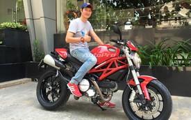 Diễn viên Huy Khánh mạnh tay mua Ducati Monster 796 ABS