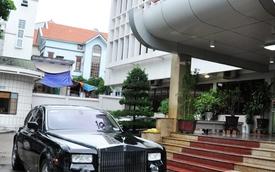 Siêu xe Rolls-Royce Phantom ủng hộ đồng bào vùng lụt được bán với giá 9 tỷ đồng