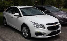 """Lộ ảnh """"sống"""" và giá bán Chevrolet Cruze 2015 Việt Nam"""