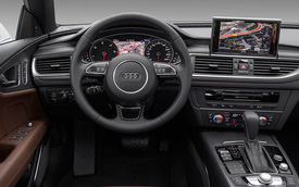 So sánh ưu và nhược điểm của hệ thống giải trí trong các loại xe hơi nổi tiếng