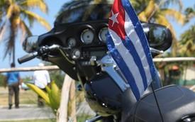Giải đua xe máy mạo hiểm đầu tiên ở Cuba