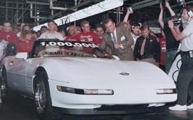 """Phục chế hoàn toàn Corvette bị hố tử thần  """"nuốt chửng"""""""