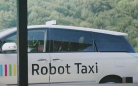 Robot taxi: Xe không người lái làm taxi tại Nhật
