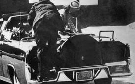 Biển số xe định mệnh của Tổng thống Kennedy có giá 100.000 USD