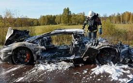 Lamborghini Aventador độc nhất thế giới bị thiêu rụi hoàn toàn