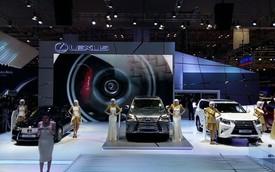 Soi dàn xe sang trị giá hơn 30 tỷ đồng tại triển lãm VMS 2015