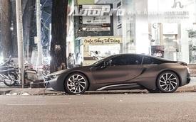Thiếu gia Long An thay đổi màu cho xe 8 tỷ đồng BMW i8