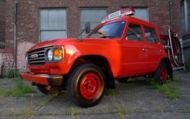 """Toyota Land Cruiser làm xe cứu hỏa cực """"cool"""""""