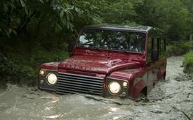 Những chiếc xe SUV địa hình siêu khỏe, siêu bền trên thế giới