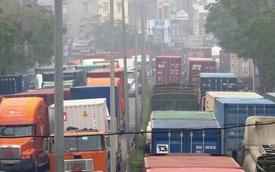 Hải Phòng: Hàng nghìn xe Container kẹt cứng gần 1 ngày