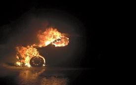 Cháy xe Hyundai i30 tại cao tốc Hà Nội - Lào Cai