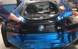 BMW i8 màu xanh ngọc của thiếu gia Hà Nội được sửa lần thứ hai