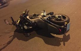 Sài Gòn: Đâm trực diện vào con lươn người cầm lái Honda CB190R nguy kịch
