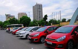 Hàng chục xe Kia Rio tuần hành kỷ niệm sinh nhật