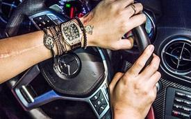 Bộ sưu tập xe và đồng hồ khủng của bạn trai á hậu Tú Anh