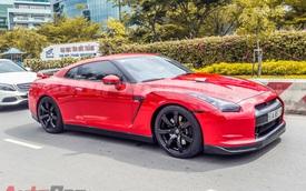 """""""Siêu xe giá rẻ"""" Nissan GT-R độ lượn phố Sài Gòn"""