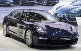 Vén màn Porsche Panamera Turbo 2017 giá 10,66 tỉ tại VIMS 2016